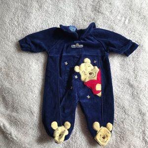 DISNEY Winnie the Pooh footed onesie